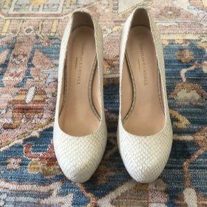 Loeffler Randall sz 8 heel